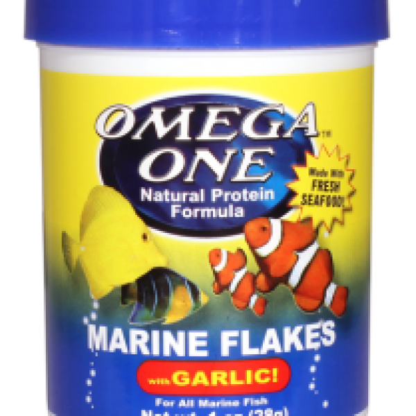 Marine flakes with garlic